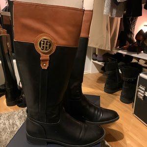 Tommy Hilfiger sz 8 boots